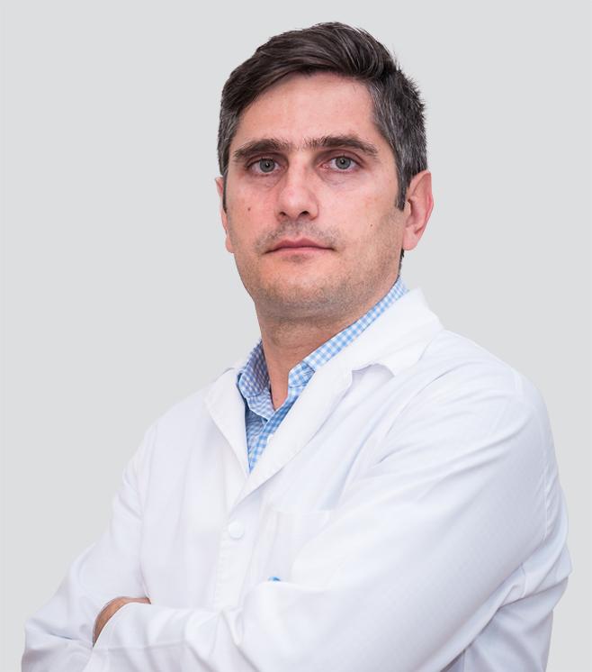 medic-Dr. Radu Dragomir