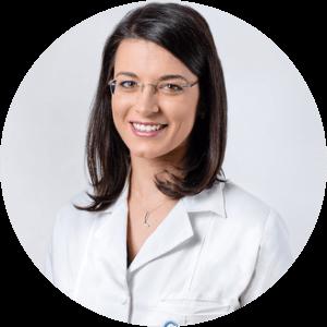 Dr. Laura Mustață